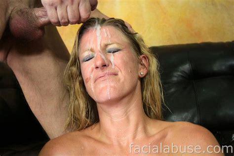 Brutal Deep Throat Threesome With Amateur Slut Avona Dominica