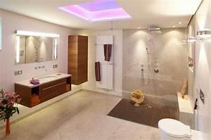 Badgestaltung Kleines Bad : badgestaltung mit tapeten ist tapete im bad machbar ~ Sanjose-hotels-ca.com Haus und Dekorationen