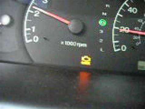 2003 Hyundai Elantra GLS issue - YouTube