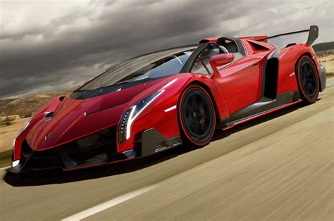 Lamborghini Veneno Roadster Uncovered