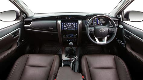 2015 toyota fortuner g trd 2015 toyota fortuner review drive carsguide