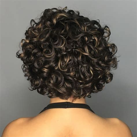 65 Different Versions of Curly Bob Hairstyle Bob