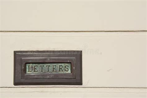 cassetta della posta in inglese cassetta della posta d ottone verderame in un