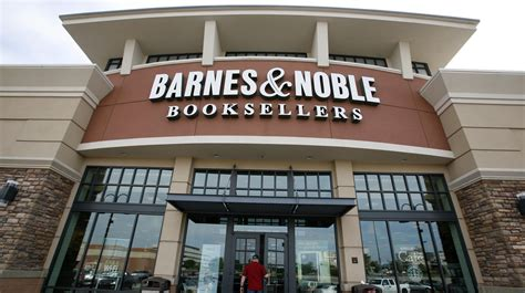 Barns And Moble barnes and noble stock hits a 20 year low