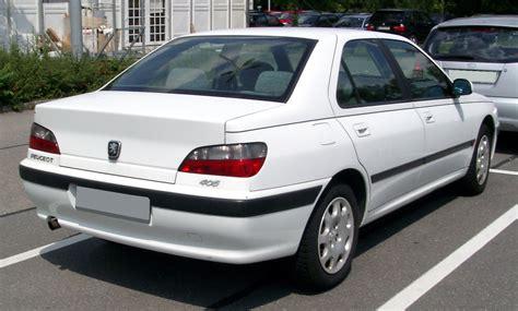 Fichier:Peugeot 406 rear 20080730.jpg — Wikipédia