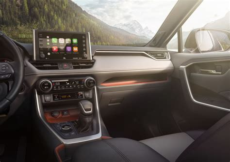 latest  apple carplay vehicles toyota rav acura rdx