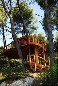 Constructeur Cabane Dans Les Arbres : interview r ve de cabane constructeur de cabanes dans les arbres ~ Dallasstarsshop.com Idées de Décoration
