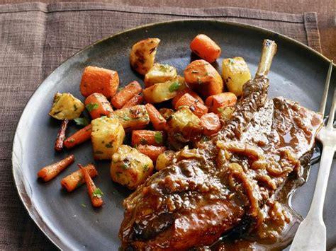 Beerbraised Countrystyle Pork Ribs Recipe  Food Network