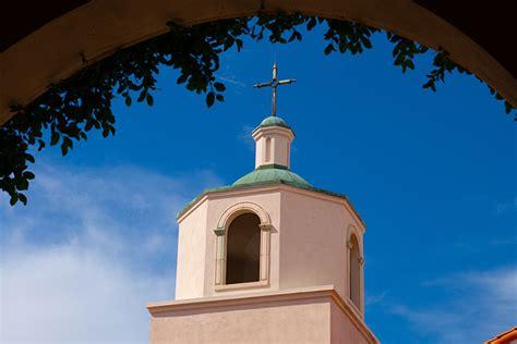 exteriors st the apostle parish tucson az 165   L1002314r