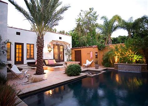 laura morton spanish colonial outdoor space     home infatuation blog spanish