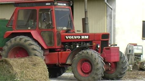 volvo tractor for sale harvest 2012 volvo bm 2654 tractor with trailer youtube