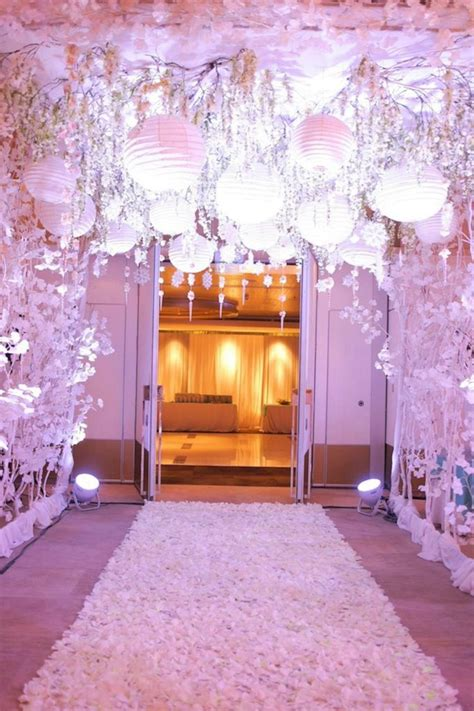 Awesome Wedding Entrance Decorations At Home 32 Oosile