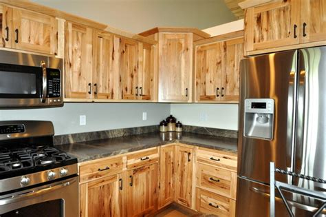 knotty hickory kitchen cabinets country style rustic hickory farmhouse kitchen 6671