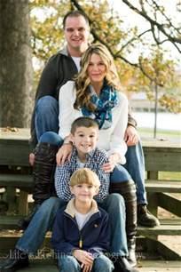 Fall Outdoor Family Portrait Ideas