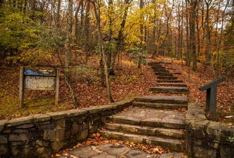 fall colors in virginia 10 hikes for the best fall colors in virginia s blue ridge