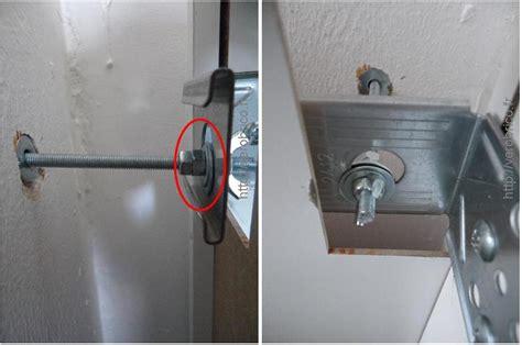 fixation element haut cuisine sur placo fixer des meubles de cuisine non attenants aux murs le