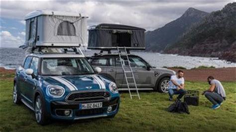 mini countryman une tente en guise de coffre de toit