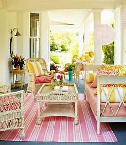 Schonefarbenfrohe veranda ideen gemutliche sitzecke for Balkon teppich mit tapeten asiatische motive