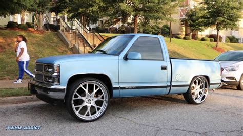 whipaddict matte ice blue  chevy  short bed