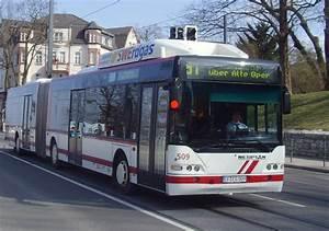 Bus Erfurt Berlin : stadtbus der linie 51 erfurt 2010 nahverkehr ~ Markanthonyermac.com Haus und Dekorationen