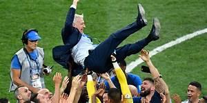 Victoire Dans Les Airs : les bleus champions du monde les joueurs sont sur le toit du monde r agit didier deschamps ~ Medecine-chirurgie-esthetiques.com Avis de Voitures