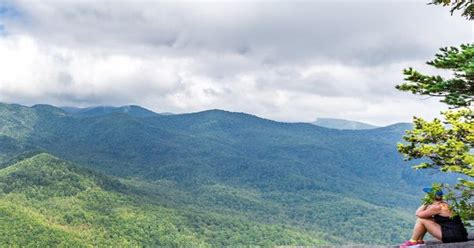 Catch Stunning Summit Views From The Looking Glass Rock