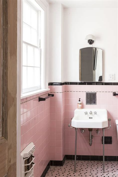 best 25 vintage bathroom tiles ideas on