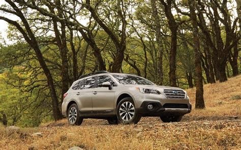 2016 Subaru Outback Vs. 2016 Volvo V60 Cross Country