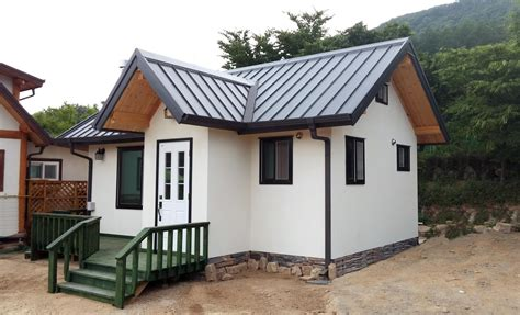 Das Goldene Haus 2012 Mini Siedlung Hinterm Elternhaus by Mini Haus Bauen Mini Haus Bauen Mini Haus Bauen Haus Auf