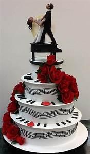 Musique Arrivée Gateau Mariage : les 73 meilleures images du tableau decoration mariage theme musique sur pinterest mariage ~ Melissatoandfro.com Idées de Décoration