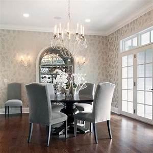 Chaises de salle a manger en velours une invitation for Meuble salle À manger avec chaise de salle a manger confortable