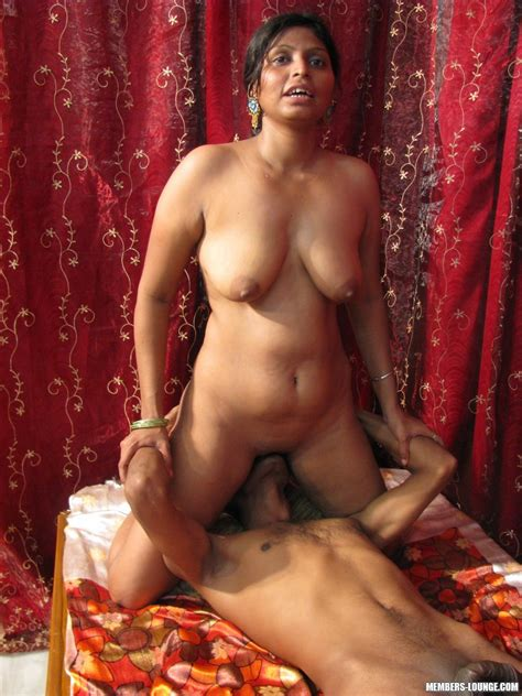 Hot Indian Girls Going Down Xxx Dessert Picture 13