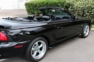 1998 Ford Mustang GT Convertible – TEXAS TRUCKS & CLASSICS