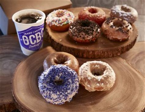 Campus food changes are sweet for local businesses - GCU Today