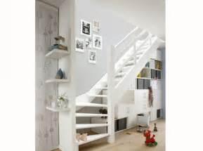 Meuble Escalier Blanc by Meuble De Rangement Sous Escalier Blanc Id 233 E Salon