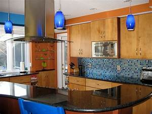 Colorful kitchen designs kitchen ideas design with for Colorful kitchen backsplash ideas