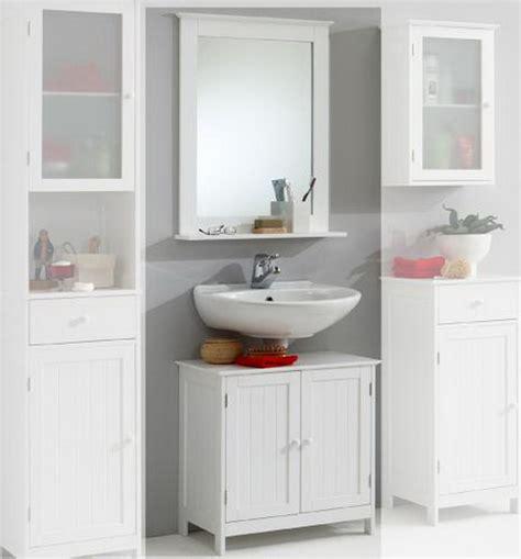 weiße holzmöbel landhausstil badezimmer landhaus ausgefallene designideen f r ein