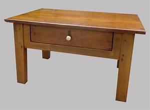 Petite Table Basse : petite table basse ancienne en chataignier ~ Teatrodelosmanantiales.com Idées de Décoration