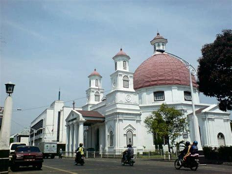 gereja blenduk ikon kota  semarang