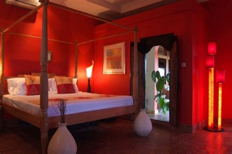 Red Feng Shui Bedroom Colors And Layout-inspirationseek.com
