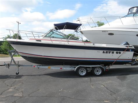 Wellcraft Offshore Boats For Sale by 1984 Wellcraft 248 Offshore Walkaround Cuddy Power Boat