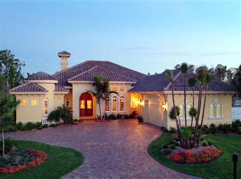 Courtyards and Lanais 24021BG Florida Mediterranean