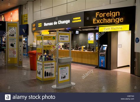 bureau de change ttt moneycorp bureau de change near the passenger luggage stock photo royalty free image