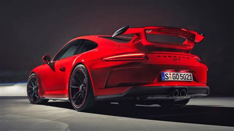 new porsche 911 the new porsche 911 gt3 is a supercar bargain top gear
