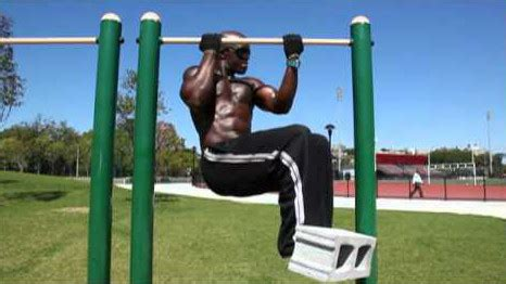 mc jean gabin street workout prophecy r 233 alise les tractions les plus folles de street