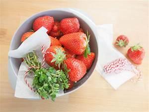 Gläser Für Marmelade : rezept f r erdbeer thymian marmelade kitchengirls ~ Eleganceandgraceweddings.com Haus und Dekorationen