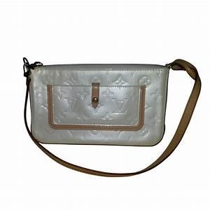 Louis Vuitton Handtasche : louis vuitton kleine handtasche second hand louis ~ Watch28wear.com Haus und Dekorationen