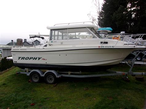 Trophy Boats 2359 Hardtop by 2009 Trophy 2359 Hardtop Power New And Used Boats For Sale