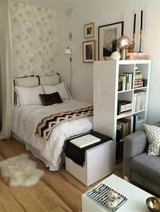 les 25 meilleures idees de la categorie idees deco chambre With charming comment meubler un salon carre 0 meubler un studio 20m2 voyez les meilleures idees en 50