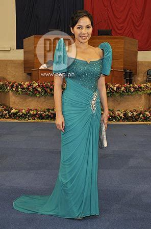 filipiniana gowns   wear pinterest carpets